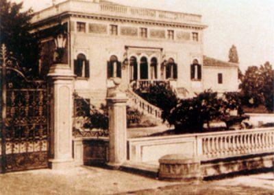 Una foto antica della villa